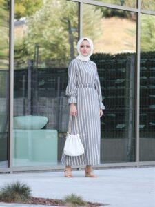 Gri Çizgili Elbise